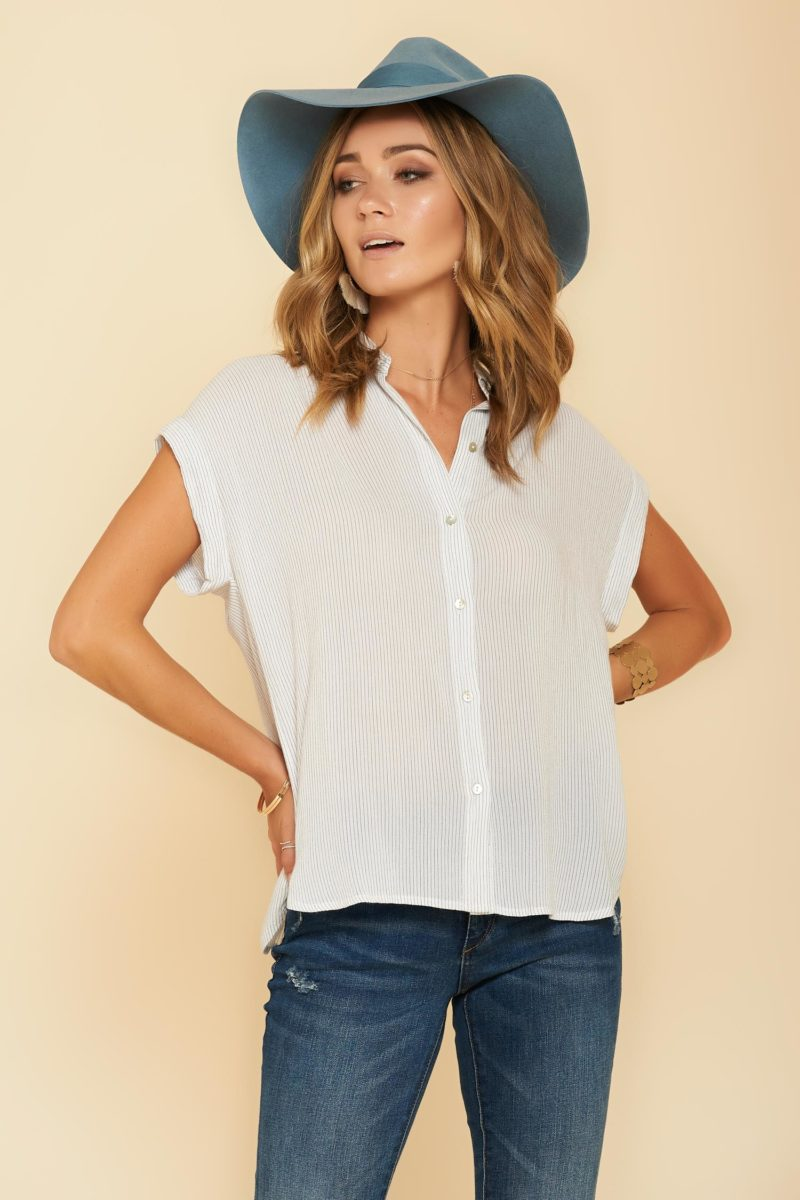 Rails: Isla Button Up Top