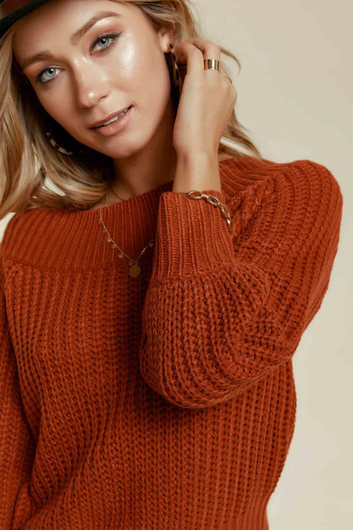 Off Duty Knit Sweater in Rust