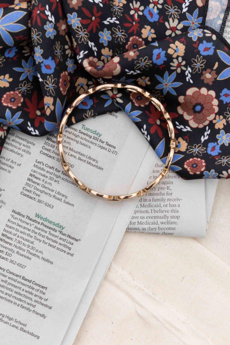 Links of Gold Bangle Bracelet